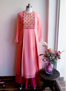 Baronial Peach Faux Georgette With Tapeta Silk Ghe