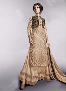 Defferent style palazzo suit