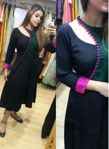 Beautiful Designer Wear Neck Patterned Silk Kurti