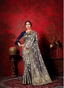 Distinctive Weaving Designer Traditional Saree