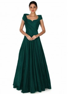 Sophisticated  pleated Tapeta Silk Readymade Gown