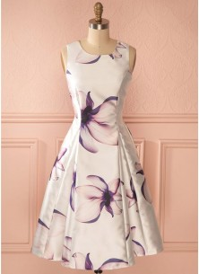 Vintage Sleeveless cream with Purple Shade Floral